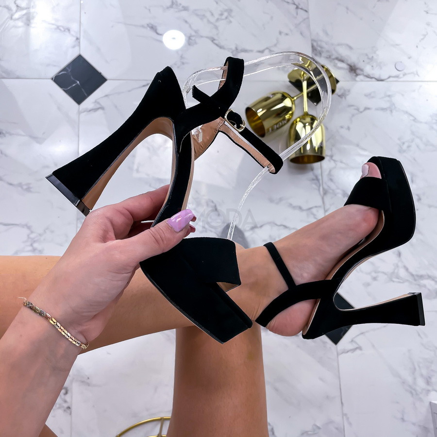 Čierne semišové sandále-236546-32