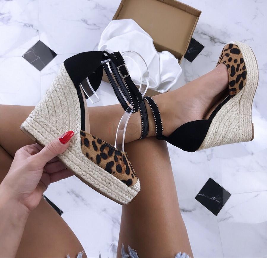 Dámske leopardie sandálky na platforme-181255-31