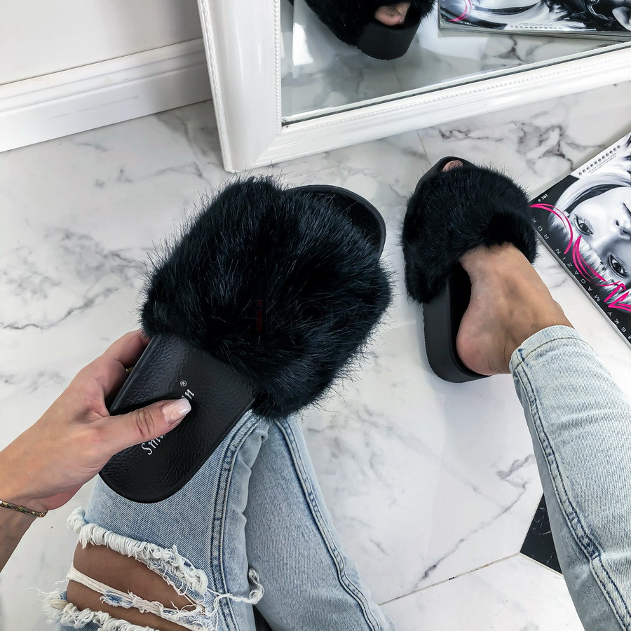 Čierne kožušinové šľapky na platforme-226266-32