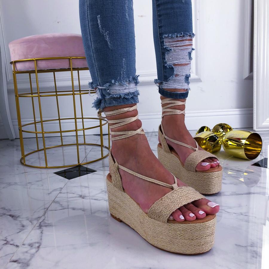 Béžové sandále na šnurovanie-210310-35
