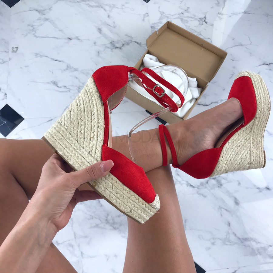 Červené sandálky na platforme-205907-33