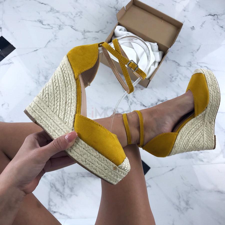Žlté sandálky na platforme-205879-33