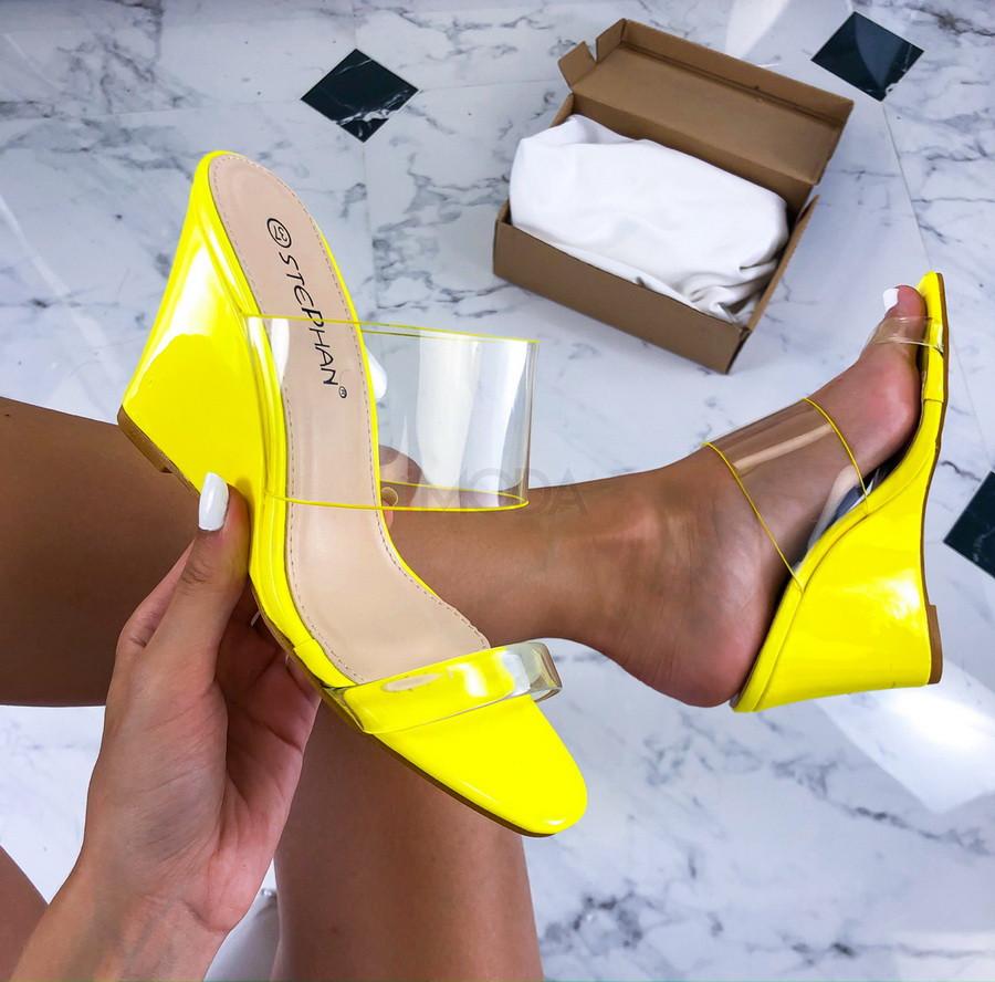 Žlté transparentné sandále na platforme-212551-31
