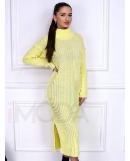 Žlté pletené dlhé šaty