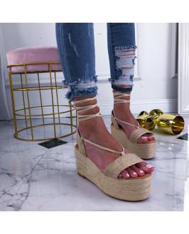 Béžové sandále na šnurovanie