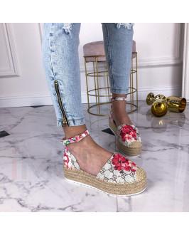 Béžové vzorované  sandále