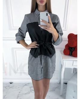 Bielo-čierne károvné  kombinované šaty