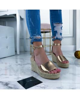 Champagne  sandálky na platforme