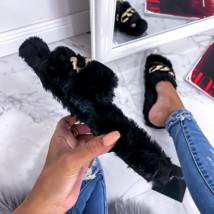 Čierne kožušinové šľapky s ozdobou-255738-06