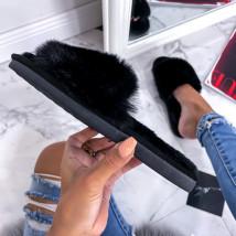 Čierne kožušinové šľapky-255765-016