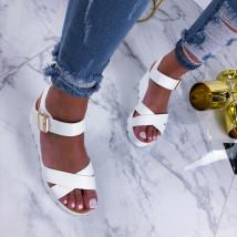 Biele sandálky na platforme-210243-02